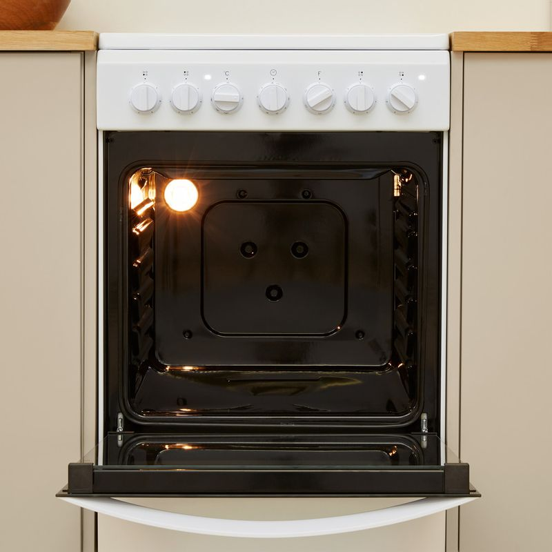 Indesit-Плита-IS5V4PHW-RU-Белый-Electrical-Lifestyle-frontal-open