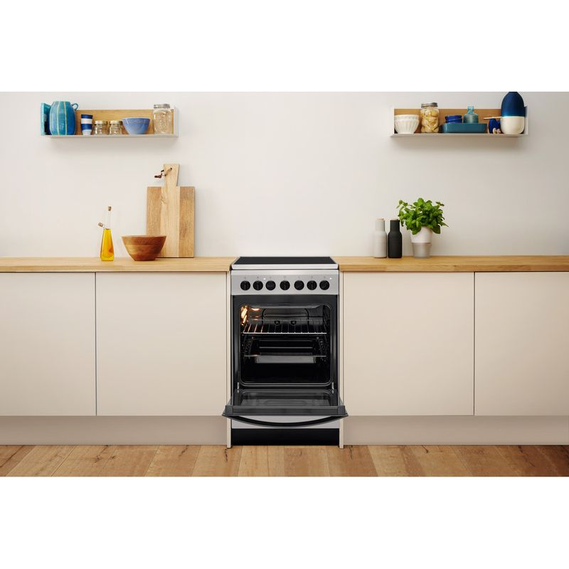 Indesit-Плита-IS5V4PHX-RU-Inox-Electrical-Lifestyle-frontal-open