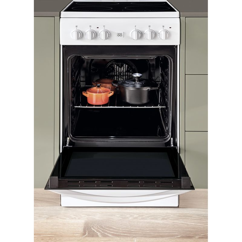 Indesit-Плита-IS5V5GCW-RU-Белый-Electrical-Lifestyle-frontal-open