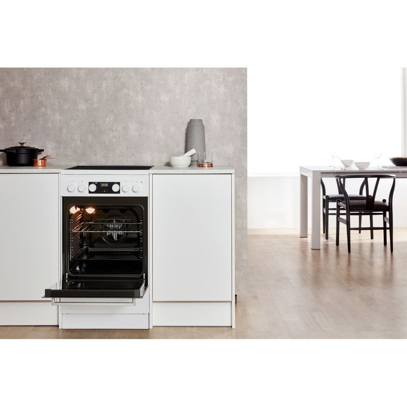 Whirlpool-Плита-WS5V8CCW-E-Белый-Electrical-Lifestyle-frontal-open